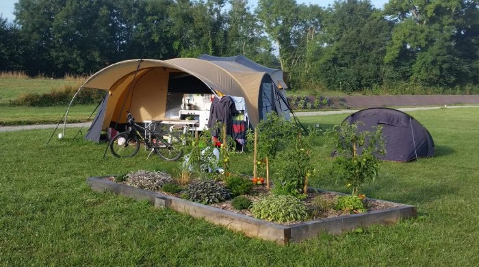 tente avec jardiner